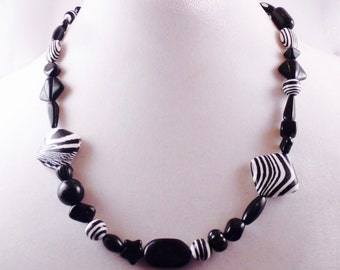 Zebra Stripes Necklace