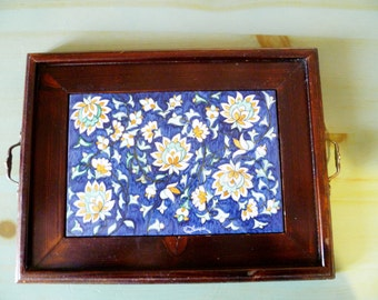 Hand painted pottery tray/Tray with hand-painted ceramics
