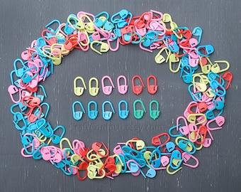 Locking stitch markers Plastic stitch markers Crochet/Knitting tools Stitch holders Knitting/Crochet accessories Progress keepers / 20 pcs