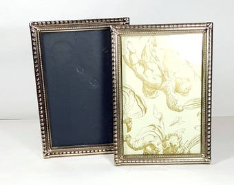 2 matching 5x7 metal frame vintage gold picture frames table top 5x7 frame set