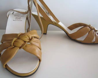 New vintage 70s shoes Sandals leather of leather pumps Sling-backs 6/39