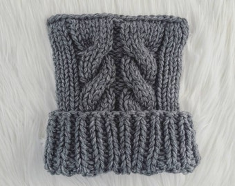 Chunky cable knit kitty ear hat