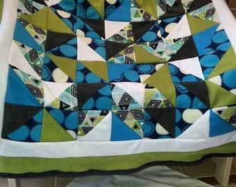 Triangle teal green & white fleece blanket