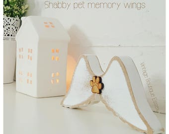 Memory wings, pets,dogs,cats,pawprints,shabby chic,angel wings,pets loss,memorial