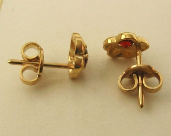 Genuine 9ct Solid Gold JANUARY Birthstone GARNET Stud EARRINGS
