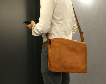 Toronto Messenger: Laptop shoulder bag