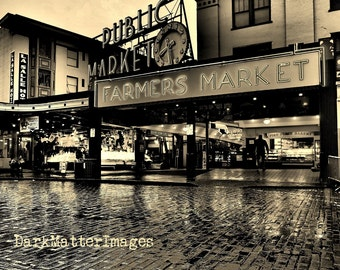 Pike Place Market in Seattle.  Street Photography