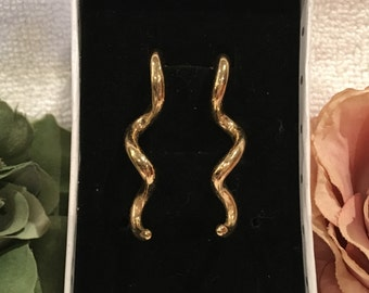 Fantastic Vintage Gold Plated TWIST Earrings-Surgical Steel Posts-Beautiful SQUIGGLE Design-4 cm Drop-Truly Lovely