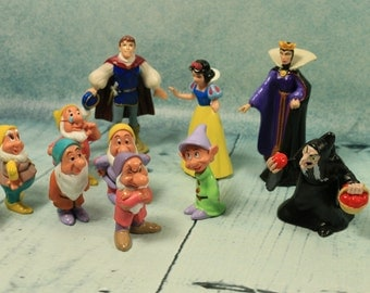 Vintage Snow White and the Seven Dwarfs Mattel Disney Bullyland figures could be cake toppers