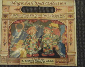 Magicloth Doll Collection Raggedy Ann and Raggedy Andy cloth paper doll #18 Stuart J Bloom