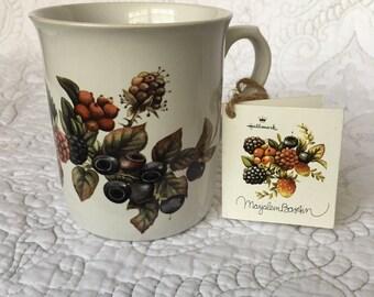 Vintage Marjolein Bastin Berry Mug - Nature Sketchbook Coffee Mug - Never used with tags - Hallmark