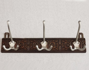 Retro french Clothes Wall Hanger in Wood and Metal, 60's Coat and Hat Rack 3 Hooks. Rustic rack 3 pegs, Chic entrance Hall