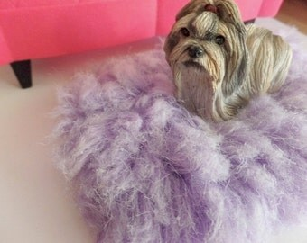 1:6 and 1/4 scale fluffy faux fur mauve lilac iris orchid purple rug for dollhouse or Barbie Monster Parker Momoko Blythe doll dioramas