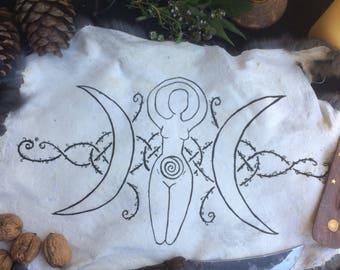 Tripple moon goddess altarpelt