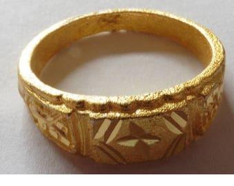 Gold Metal Dress Ring Hallmarked Beach Find