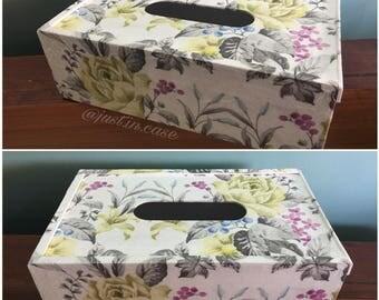 Floral Decoupage Tissue Box, Tissue box, Decoupage, Decoupage tissue box, home decor, shabby chic decor, floral tissue box, rustic decor