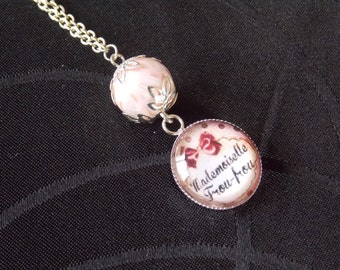 Miss froufrou necklace