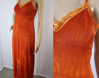 70s vintage dyed burnt orange / rust long slip dress with v-neck bust and attached tie back modern size Small