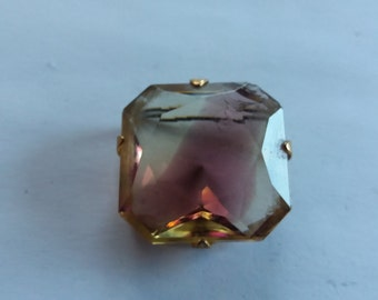 Vintage Victorian Inspired Glass Stone Brooch - Kitsch Chic Boho - Retro