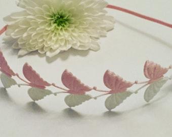 Lace butterfly headband on skinny elastic