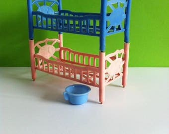 Vintage toy dolls house furniture, bunk beds and bed pan, 1950's