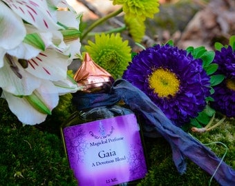 Gaia Perfume~An Earth Goddess Blend