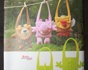 Simplicity 1386  Fleece Animal Bags