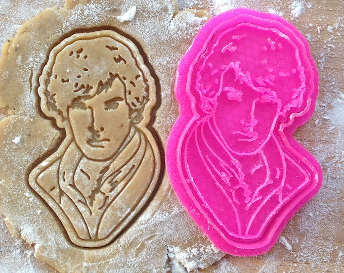 Sherlock cookie cutter. Benedict Cumberbatch face cookie stamp. Sherlock Holmes cookies