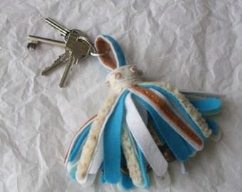 bag decoration, key holder, brush/tassel of felt