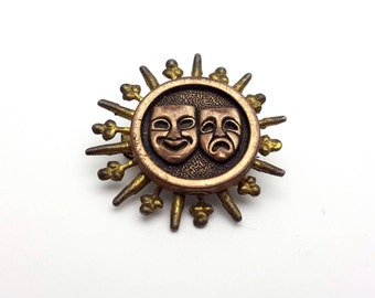 Theater Masks Drama Play Brooch Vintage Lightweight metal and Plastic Gift for Actor Actress Friend Movie Shakespeare Brooch