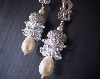 Pearl and Crystal Bridal Earrings Crystal Cluster Wedding Earrings