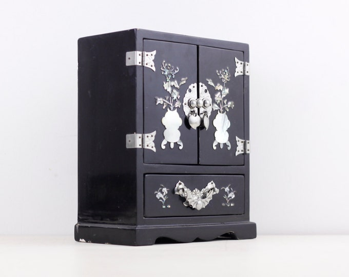 Chinese jewellery cabinet, inlaid mother of pearl black miniature dollhouse wardrobe, dressing table jewelry box, trinket box with drawers