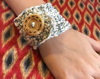 Button Bracelet, Upcycled Fashion, Recycled Jewelry, Crochet Cuff Bracelet, Denim Boho Jewelry, Braided Bracelet, Eco Friendly Jewelry