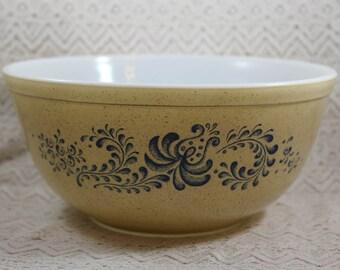 Pyrex 403, Blue Homestead Mixing Bowl, 2-1/2 quart, Pyrex Blue Homestead Mixing Bowl, Pyrex 403 Mixing Bowl, Pyrex 403 Homestead Bowl