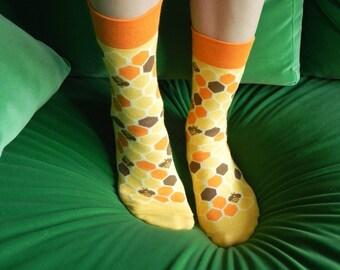 TO BEE or NOT to bee socks more than a beekeeper gift I summer womens mens socks I happy high school graduation gift idea socks I calcetines