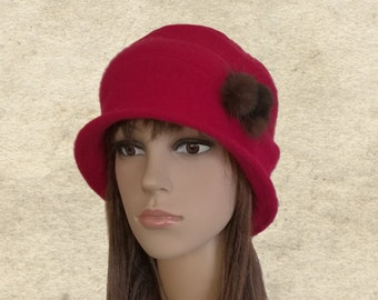 Red felted hat, Winter felt hat, Womens cloche hat, Winter women's hat, Ladies winter hat, Felt hat for lady, Felted wool hat, Felt hat red
