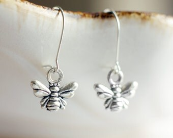 Little honeybee earrings | Antique silver bumble bee earrings | Sterling silver tiny nature earrings | Short dangling boho cute earrings