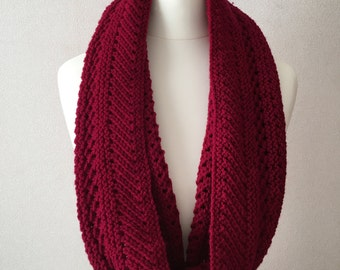 Red Lacy Cowl Knitting Pattern
