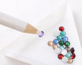 3-piece rhinestone nail and Pencil pick up various embellishments