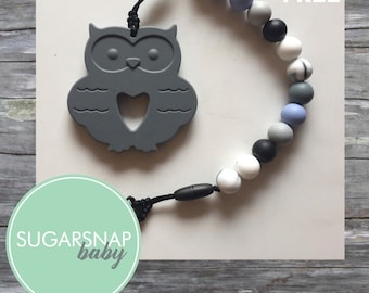Large Owl Toddler Baby teether - BPA Free - Chew Toy - toddler toy - baby gift - toddler - twins - pacifier clip - personalized option