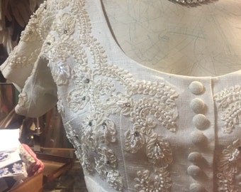 Elegant 1950s Wiggle Dress