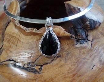 Stunning Black Onyx Pendant 1108