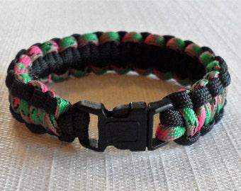 Handmade cobra paracord bracelet