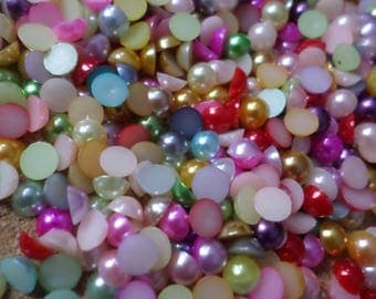 Acrylic pearl cabochons, Cabochons, Flatback cabochons, Flatbacks, Pearl cabochons, Acrylic cabochons, Round, Pearl, 6mm, Multicolour
