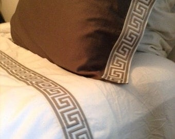 Greek Key Trim Twin XL Sheet Set