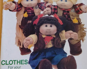 ORIGINAL CABBAGE PATCH Doll Clothes Pattern Uncut with Iron On Transfers Butterick #6826 Cowboy and Cowgirl Outfits, boots, chaps & holster