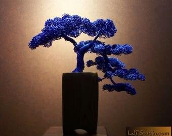 Kengai Style Bonsai Tree Wire Sculpture (Blue)