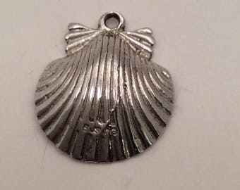 Vintage Clamshell Scallop Sterling Silver Charm for Bracelet or Pendant
