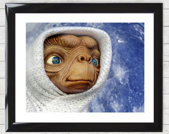 Framed Art Print E.T. the Extra-Terrestrial Picture Poster High Resolution  Home Decor Gift 004