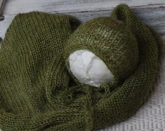 Green New born Bonnet and Wrap Set, New Born Knit Wrap , Olive Green Prop